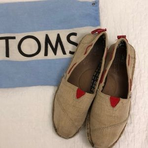 Tom's canvas moccasins